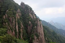Free Huangshan Mountain Royalty Free Stock Images - 16494719