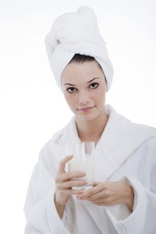 Free Beauty In Bathrobe Royalty Free Stock Photos - 16497298