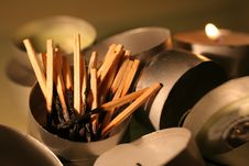 Free Burnt Matchsticks Royalty Free Stock Photography - 1656097