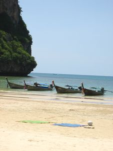 Free Thai Beach Longboats Royalty Free Stock Photos - 1657018