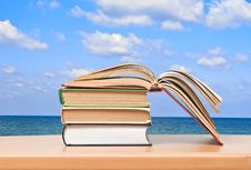 Free Open Book On Desk Royalty Free Stock Photo - 16508385
