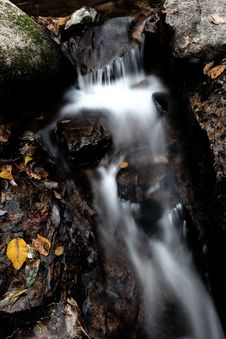 Free Autumn Waterfall Stock Photography - 16508432