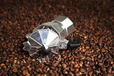 Free Coffee Machine In Coffee Beans Royalty Free Stock Photography - 16512587