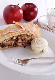 Free Apple Strudel Stock Images - 16514674