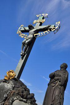 Free Charles Bridge In Prague Cross Monument Royalty Free Stock Images - 16519529