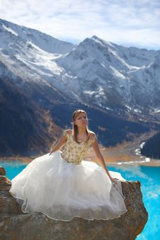 Free The Girl In A Dress In Mountains Stock Image - 16520471