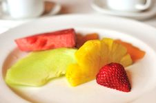 Free Colorful Fruits For Dessert Royalty Free Stock Photography - 16521937