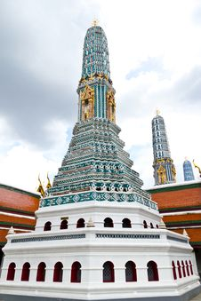 Free Thai Style Pagoda Royalty Free Stock Photo - 16522005