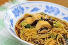 Free Closeup Of Vegetarian Noodles Royalty Free Stock Photos - 16522058