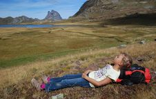 Free Small Girl Repose At Anayet Plateau Royalty Free Stock Images - 16524369