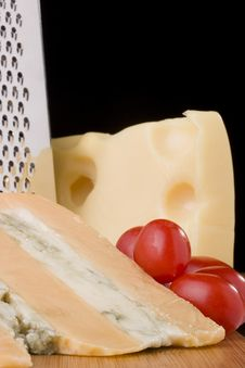 Free Gloucester With Cheese Blue And Tomato Stock Photo - 16526790