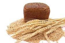 Free Bread With Wheat And Ears Royalty Free Stock Photography - 16527297