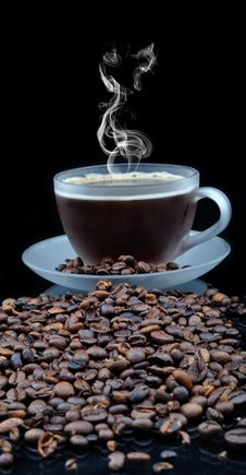 Free Coffe With Granules Royalty Free Stock Photo - 16528355