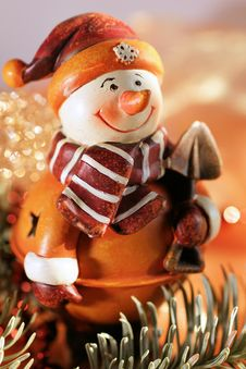 Free Figure Of A Snow-man Stock Images - 16530884