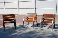 Free Benches In The Park Stock Photo - 16532590