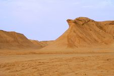 Free Eagle Rock In Sahara Desert Royalty Free Stock Photo - 16534035