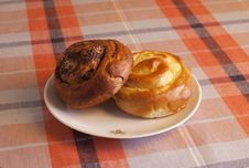 Two Buns On The Plate Royalty Free Stock Photos