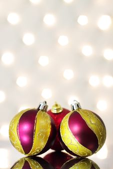 Free Three Red Christmas Ball Royalty Free Stock Photo - 16544435