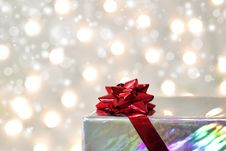 Free Red Bow On The Box Stock Photo - 16545790