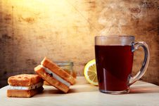 Free Morning Tea With An Impressive Back Background Royalty Free Stock Photo - 16546135