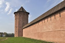 Free Tower And Wall Of Old Russian Monastery In Suzdal Stock Photos - 16550113