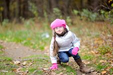 Free Adorable Small Girl In Bright Pink Hat Stock Photography - 16553442