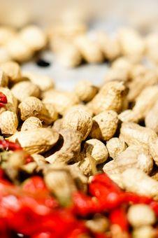 Free Peanuts And Chili Royalty Free Stock Photos - 16559368