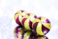Free Three Red Christmas Ball Stock Image - 16560091