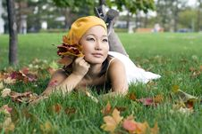 Free Girl In Autumn Park Royalty Free Stock Photography - 16562837