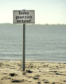 Free No Diving Sign  In German Stock Photography - 16563292