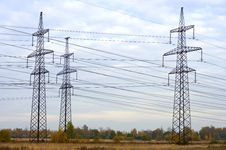Free Power Line Royalty Free Stock Photography - 16564187