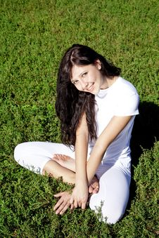 Brunet Yoga Girl On Green Grass In Park. Stock Images