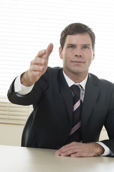 Free Businessman Ready To Shake Hands Royalty Free Stock Photography - 16570427