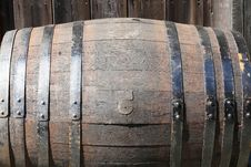 Free Wooden Barrel Royalty Free Stock Photo - 16571155