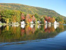 Free Lake Dunmore Foliage Royalty Free Stock Images - 16575559