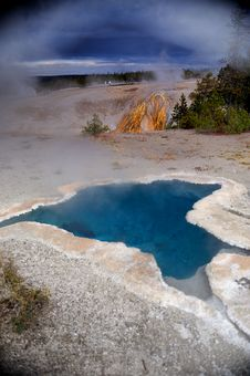 Free Blue Loop Yellowstone Royalty Free Stock Photo - 16575965