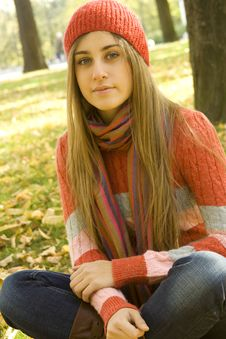 Free Girl In The Park In Autumn Royalty Free Stock Image - 16576436
