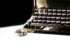 Free Old Dark Typewriter With Computer Mouse Stock Image - 16577871