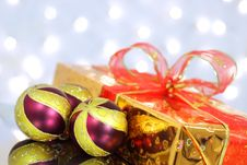 Free Christmas Balls Royalty Free Stock Photo - 16578745