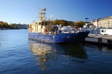 Free Ship In The Harbor Of Stockholm Royalty Free Stock Image - 16579286