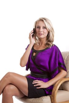 Free Woman Purple Sit Talk On Phone Royalty Free Stock Image - 16583946