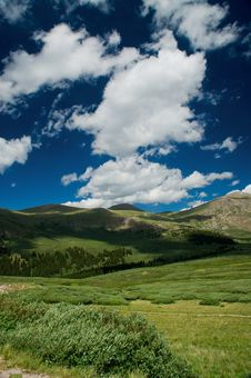 Free Rocky Mountain Clouds Royalty Free Stock Photos - 16584128