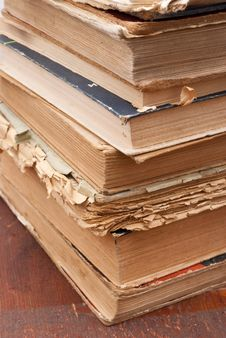 Free Pile Of Old Books Royalty Free Stock Images - 16584969