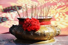 Free Joss-stick Pot Royalty Free Stock Photo - 16586165