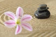 Free Zen Garden Royalty Free Stock Image - 16587616