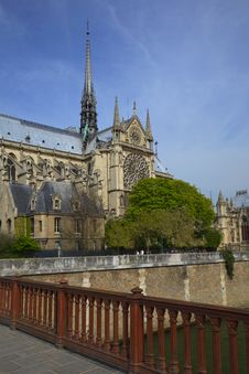 Free Notre Dame De Paris,  France Royalty Free Stock Image - 16591776