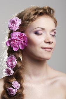 Free Woman With With Braids And Roses In Hair Stock Images - 16594194