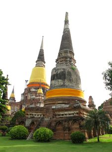 Free Wat Yai Chai Mongkol Temple Royalty Free Stock Photography - 16594377