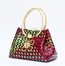 Free Wicker Bag Royalty Free Stock Photo - 16595165