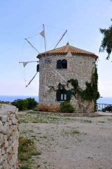 Free Windmill In Zakynthos Royalty Free Stock Images - 16595979